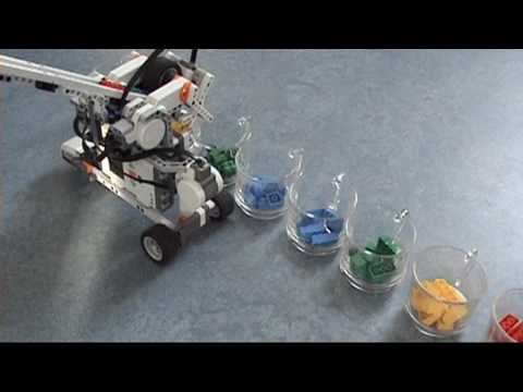 LEGO MINDSTORMS NXT 2.0 Discovery Book: Hybrid Brick Sorter