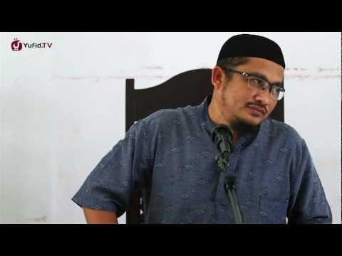 Pengajian Wanita: Keindahan Semu Yang Menipu - Ustadz Abdullah Taslim, MA.