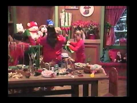 Barney y sus Amigos Waiting for Santa (Spanish)