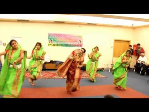 Dhaker Tale Komor Dole  -  Munich Durga Puja 2012 video