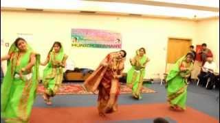 Dhaker Tale Komor Dole _-_ Munich Durga Puja 2012