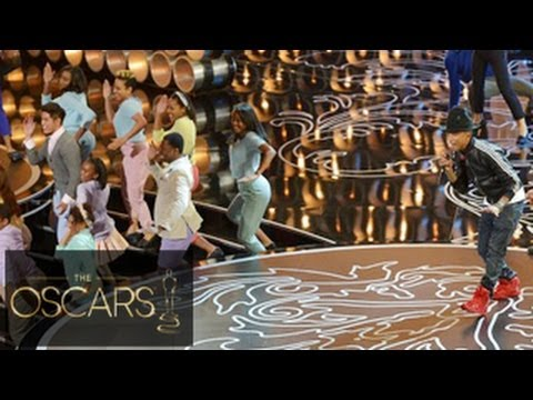 Pharrell Williams Performs 'Happy' At Oscars 2014