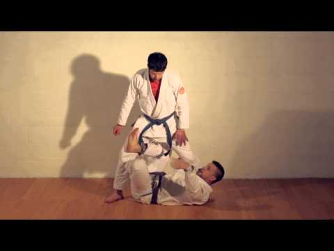 3-08 X-Guard to Single Leg (3-D Jiu-Jitsu) Image 1