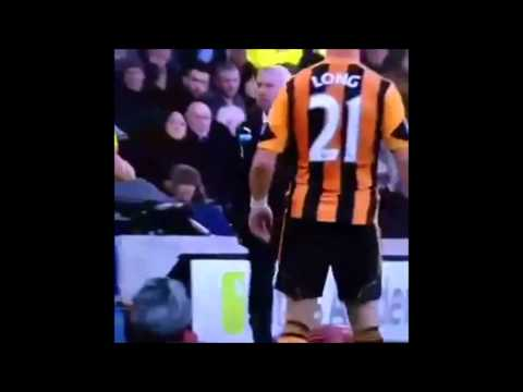 Alan Pardew headbutting vs David Meyler ~ Newcastle United vs Hull City 4-1