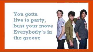 Watch Jonas Brothers Live To Party video