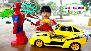 TOY CAR SHOOTING superhero Spiderman by entertainment for baby
