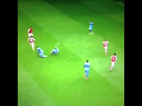 Jack Wilshere 3, Manchester City 0   Mirror Online 2