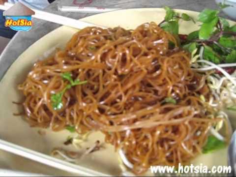 หมี่ผัดปากซันลาว(Paksan Fried noodles)