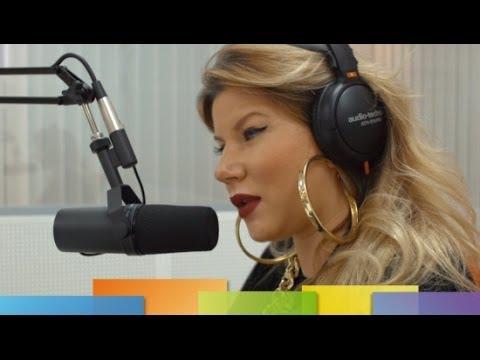 «Связной Радио» шоу «Утренняя добавка» певица Eva Goldberg