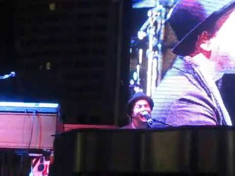 Gavin DeGraw - Let's Get It On (Cover) - Indianapolis