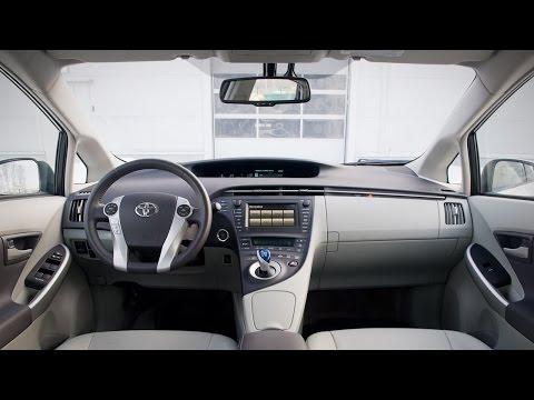 Обзор Toyota Prius — Интерьер