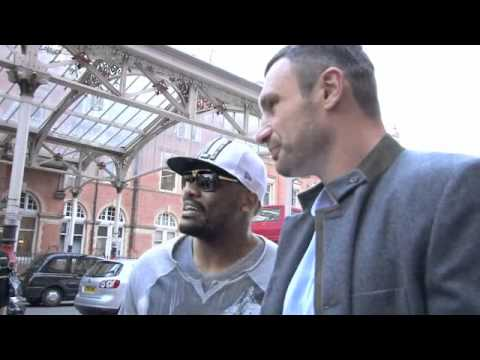 Vitali Klitschko v Dereck Chisora (with Robin Reliant) Head to Head Arrival / for iFILM LONDON