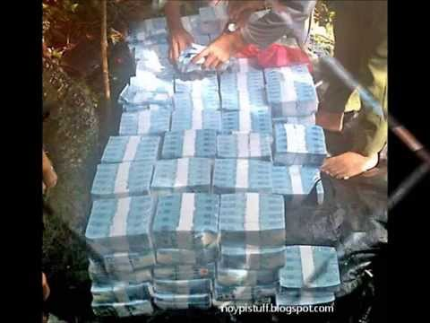 Abu Sayyaf Shows Off P250 Million 'Ransom Money'