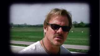 Watch Phil Vassar Dont Miss Your Life video