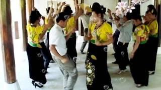 Dance - 10 cặp vợ chồng bản Côm Tuần Giáo Điện Biên