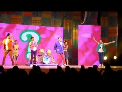 Junior Express, Santiago de Chile 2014 - Inicio del Show - Katrina