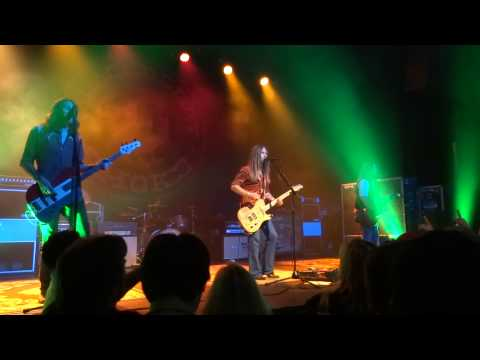 Blackberry Smoke - Ain't Much Left Of Me / When the Levee Breaks (Live) Lyric Oxford, MS 10/11/2013