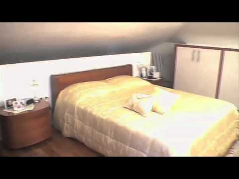 Camera in mansarda armadio in cartongesso youtube for Camera da letto principale al piano di sotto