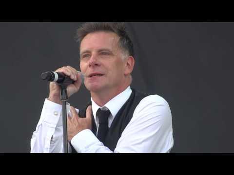 Deacon Blue - Real Gone Kid Live At V Festival Weston Park August 2013