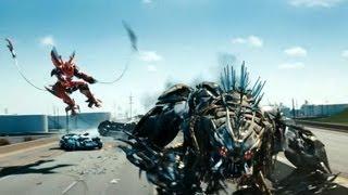 Transformers 3 Persecucion en la autopista.