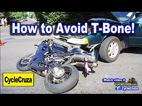 Motorcycle Defensive Riding - Avoid T-Bone Accident | MotoVlog