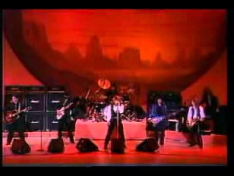 Bon Jovi - Blaze Of Glory (Oscars LA '91)