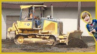 Construction Truck Videos | Found a Dozer!