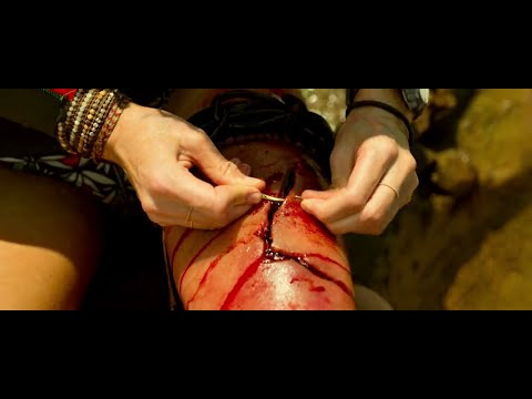 Suturing Shark Wound The Butchery #04 THE SHALLOWS (Jaume Collet Serra 2016)