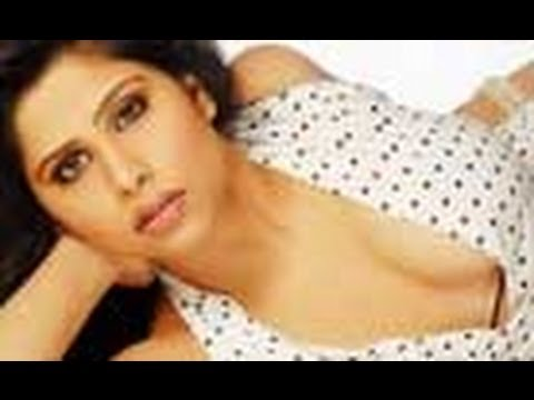 Sai Tamhankar Marathi Actress Back With A Bang! - Marathi News video