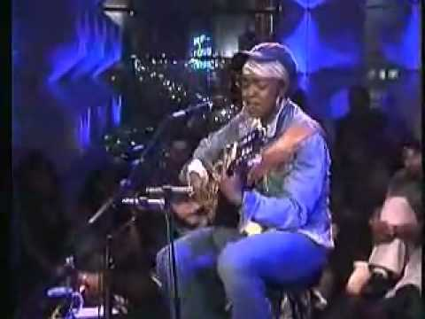 Lauryn Hill - I Gotta Find Peace of Mind [MTV Unplugged]