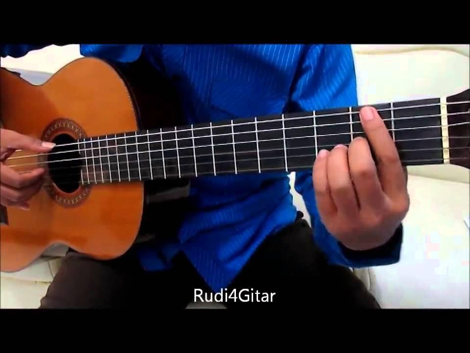 Belajar Kunci Gitar D'Masiv Apa Salahku Intro - YouTube