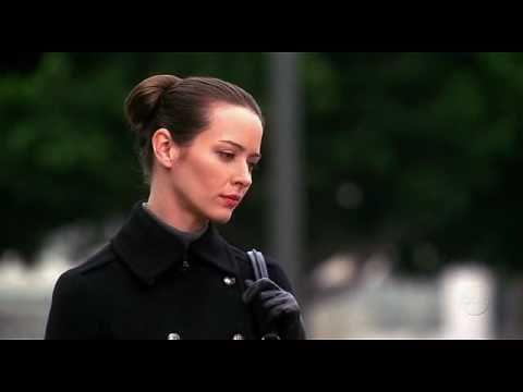 Amy Acker - Alias 5 07 - Fait Accompli