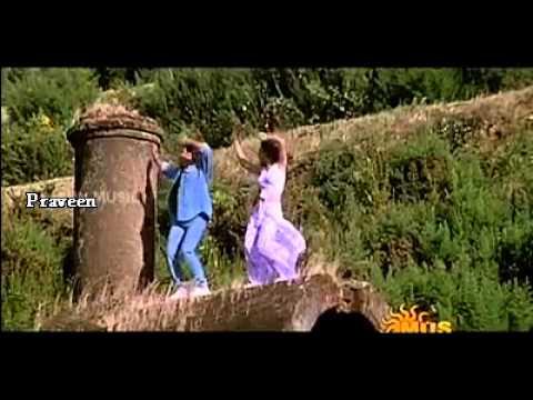 Kaadhal Kaadhal Kaadhal En Kannil Minnal Modhal Song From Poochoodava...