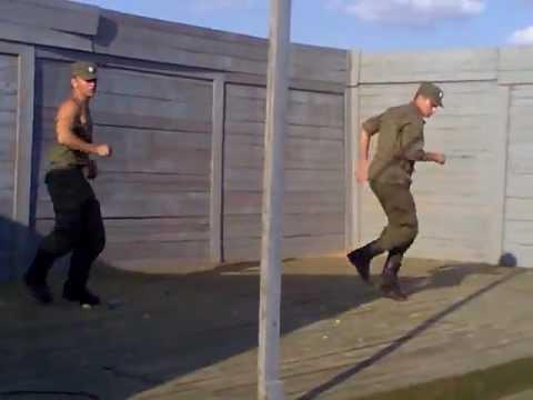 Солдаты Танцуют.Soldiers Dance