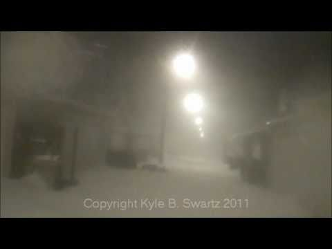 The Historic Chicago Blizzard Of 2011: THUNDERSNOW