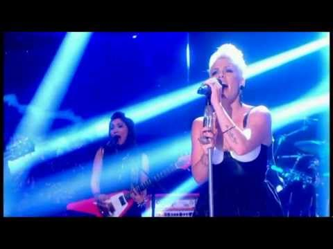 P!nk - Try (Live Graham Norton Show)