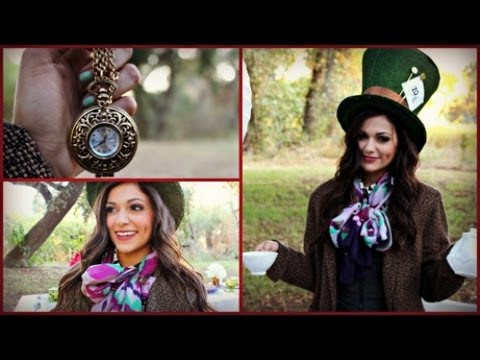 DIY Mad Hatter Halloween Costume & Makeup!