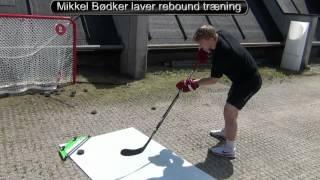 Mads og Mikkel Bødker laver rebounder træning