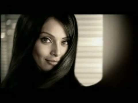 Clinic All Clear shampoo TV Ad - Bipasha Basu...