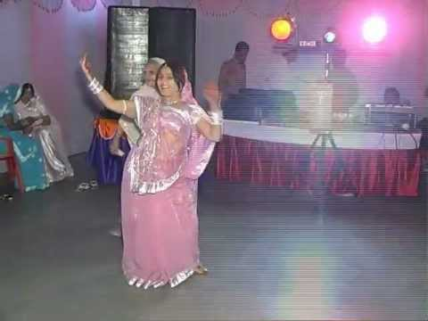 ladies sangeet dance .....by shweta & ruppu