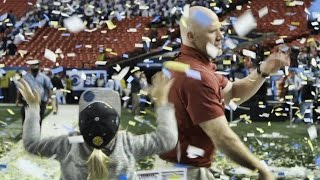Watch Scott Cochran celebrate with his kids in a blizzard of confetti