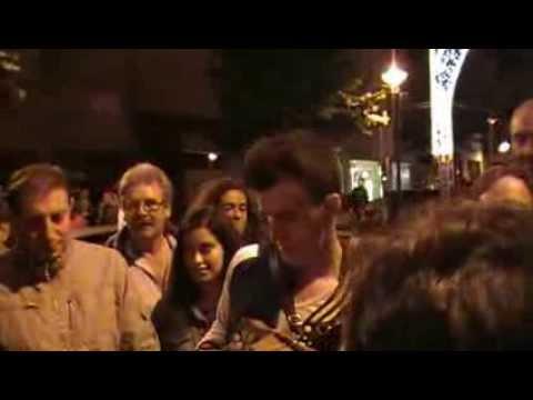 """Festas de S. Br�s e Concelhias 2013: Ra�l canta """"Chora, chora l� mulher chorona"""""""