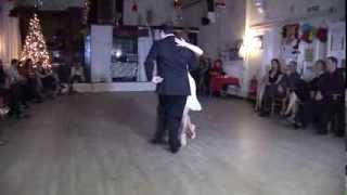 2013 Dec - Jolanta and Adrian dance canyengue to Pa