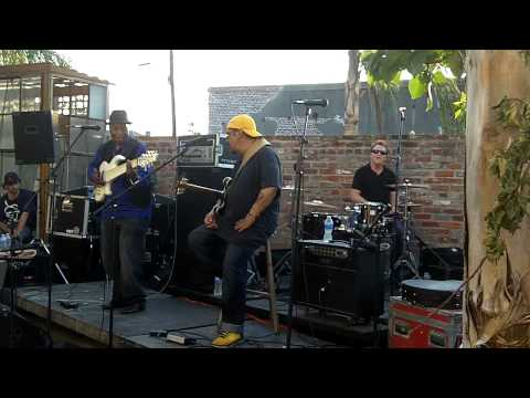 Leo Nocentelli - Bill Dickens - Stanton Moore @ our 2011 Jazz Fest crawfish boil