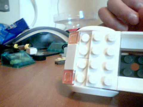 How To Build A Toyota Prius In LEGO