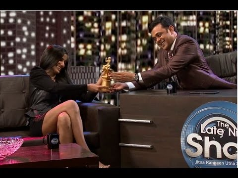 Nangi Ladki Of The Year : Episode 271 - Comedy Show Jay Hind! video