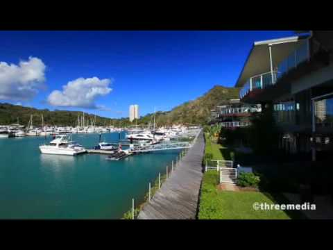 Pavillions 22 - Literally right on the Hamilton Island Marina