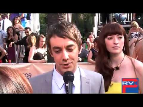 Jorma Taccone talking to Angelica @ MTV Movie Awards
