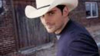 Watch Brad Paisley Oh Love video