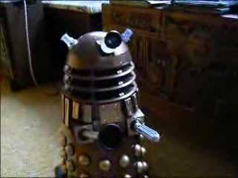 18 Inch Voice Control Dalek Video Review